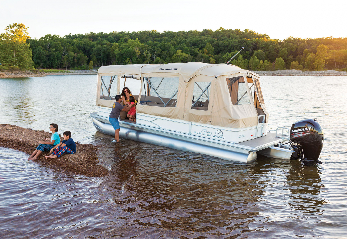 Pontoon Boat Enclosures >> Full Enclosure For Suntracker Pontoon Boats Exclusive Auto