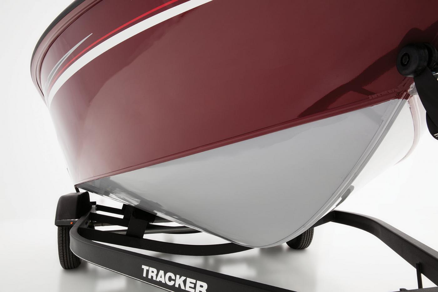 Tracker Targa V18 Combo Install the removable pylon and the