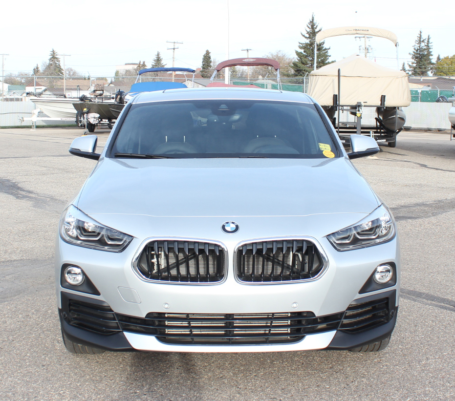 BMW X2 XDrive28i AWD Panorama Roof/Leather/NAV