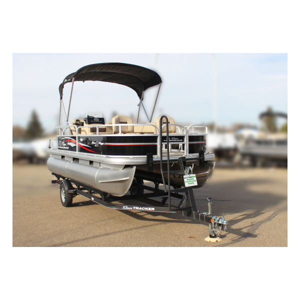 2017 SunTracker Bass Buggy 18 DLX  Pre-owned boats Exclusive Auto Marine pontoon boats, fishing boats
