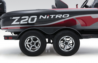 Nitro Z20 Pro Exclusive Auto Marine  high performance fishing boat