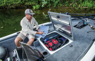 2019 Tracker Pro Team 175 TXW Tournament Edition  Exclusive Auto Marine  fishing boat